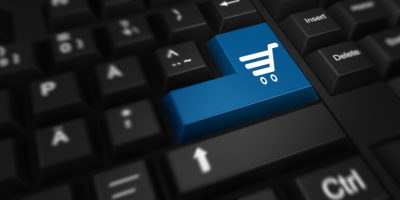 Der Verkauf von Produkten erfolgt im Internet längst nicht mehr nur über Computer mit Tastaturen, sondern größtenteils über mobile Endgeräte (Foto: Pixabay).